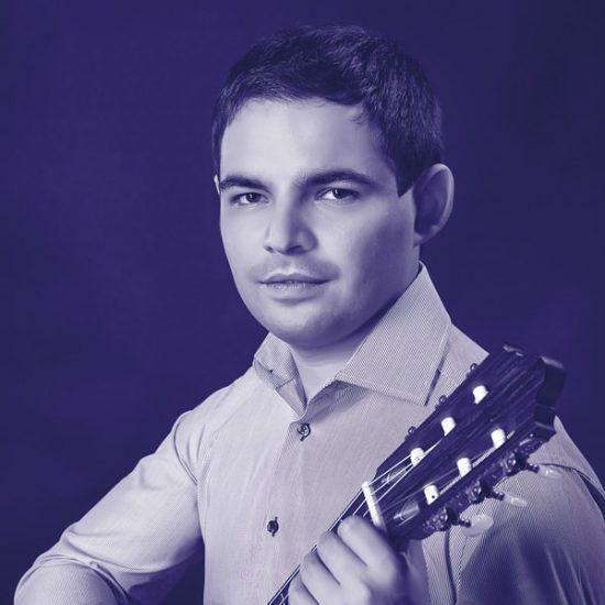 Dmytro Omelchak-min