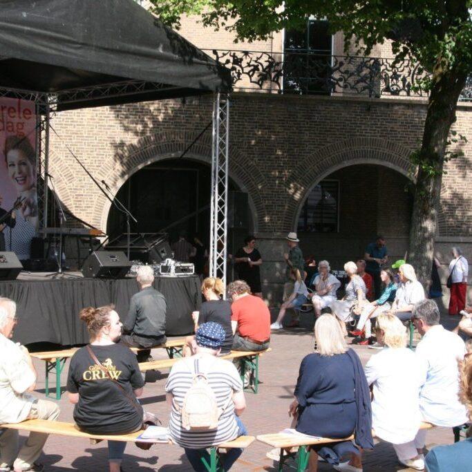 Educational interactive performances at Twents Gitaar Festival